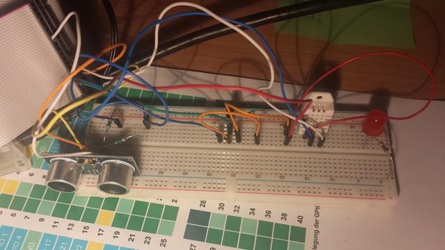 Sensoren HC-SR04, DS18B20, DHT22